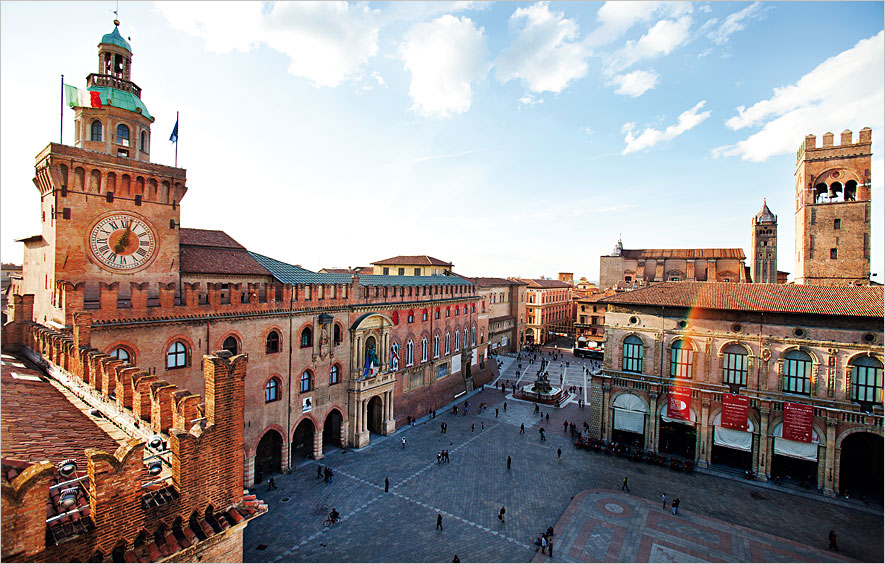 http://www.travelsys.sk/public/users/paxtour/images/fotogaleria_hotel/l_bologna.jpg