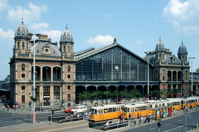http://www.travelsys.sk/public/users/paxtour/images/fotogaleria_hotel/l_budapest_znama__07.jpg