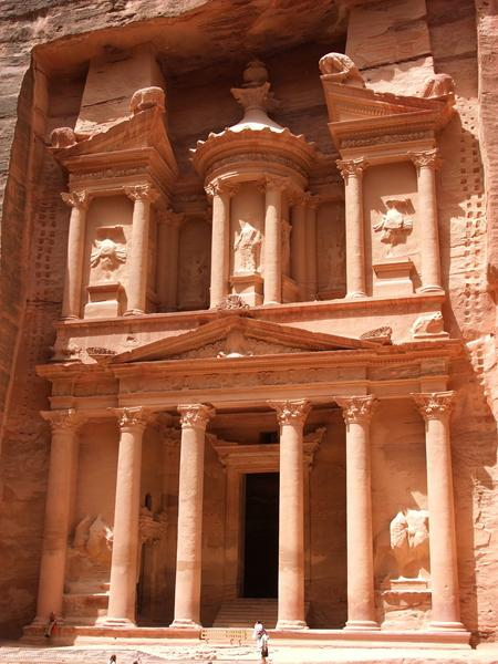 http://www.travelsys.sk/public/users/paxtour/images/fotogaleria_hotel/l_izrael_petra_01.jpg