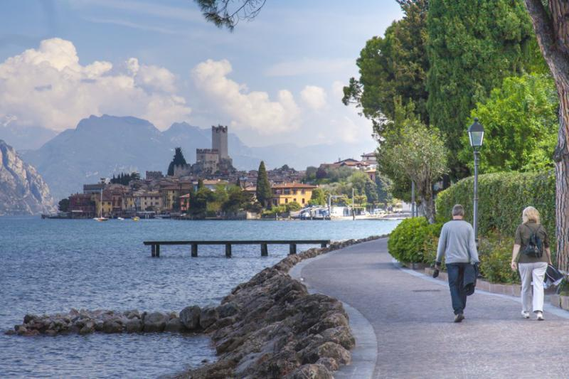 http://www.travelsys.sk/public/users/paxtour/images/fotogaleria_hotel/l_lago_di_garda_02.jpg