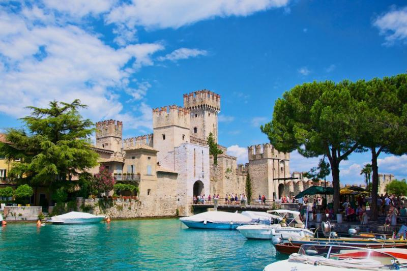 http://www.travelsys.sk/public/users/paxtour/images/fotogaleria_hotel/l_lago_di_garda_04.jpg