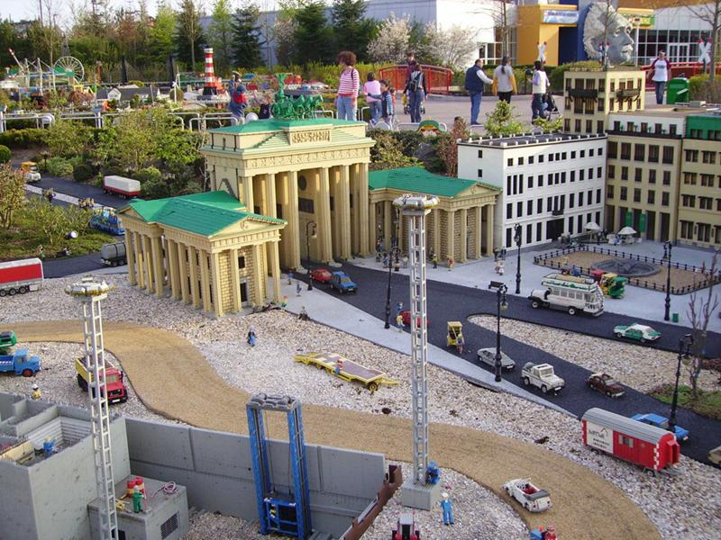 http://www.travelsys.sk/public/users/paxtour/images/fotogaleria_hotel/l_legoland_04.jpg