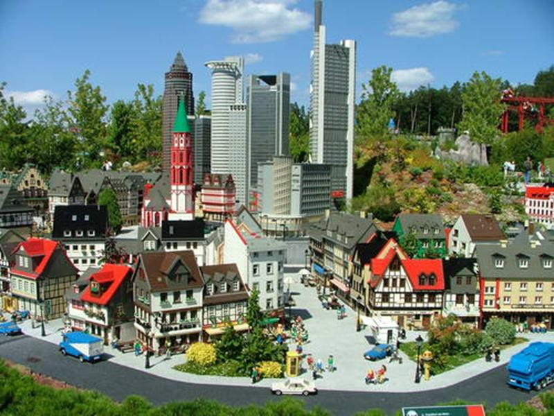 http://www.travelsys.sk/public/users/paxtour/images/fotogaleria_hotel/l_legoland_10.jpg