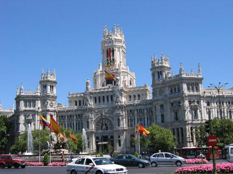http://www.travelsys.sk/public/users/paxtour/images/fotogaleria_hotel/l_madrid_el_clasico_13.jpg