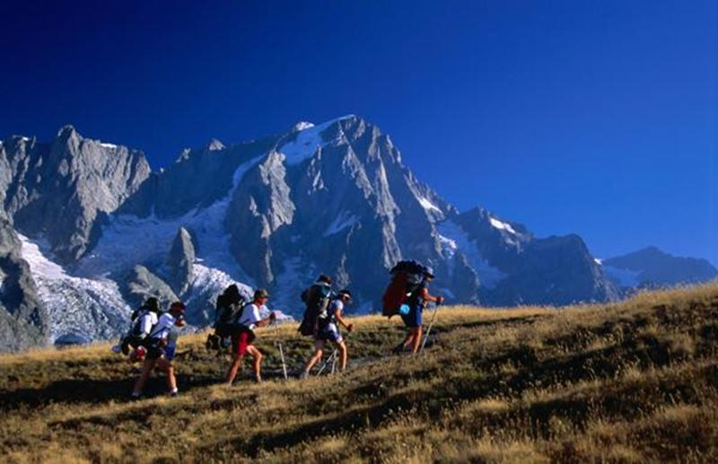 http://www.travelsys.sk/public/users/paxtour/images/fotogaleria_hotel/l_okolo_mont_blanc_05.jpg