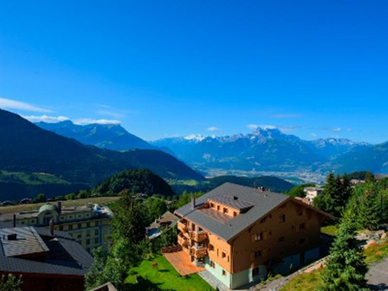http://www.travelsys.sk/public/users/paxtour/images/fotogaleria_hotel/l_okolo_mont_blanc_12.jpg