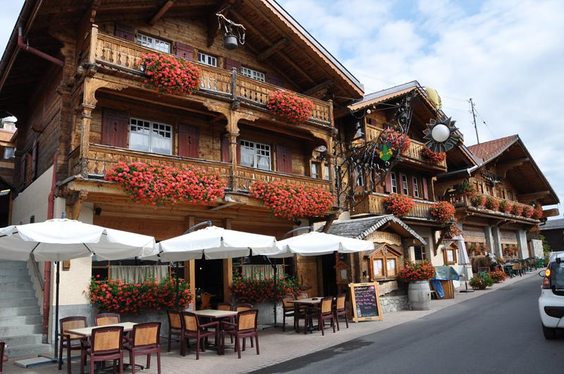 http://www.travelsys.sk/public/users/paxtour/images/fotogaleria_hotel/l_okolo_mont_blanc_13.jpg