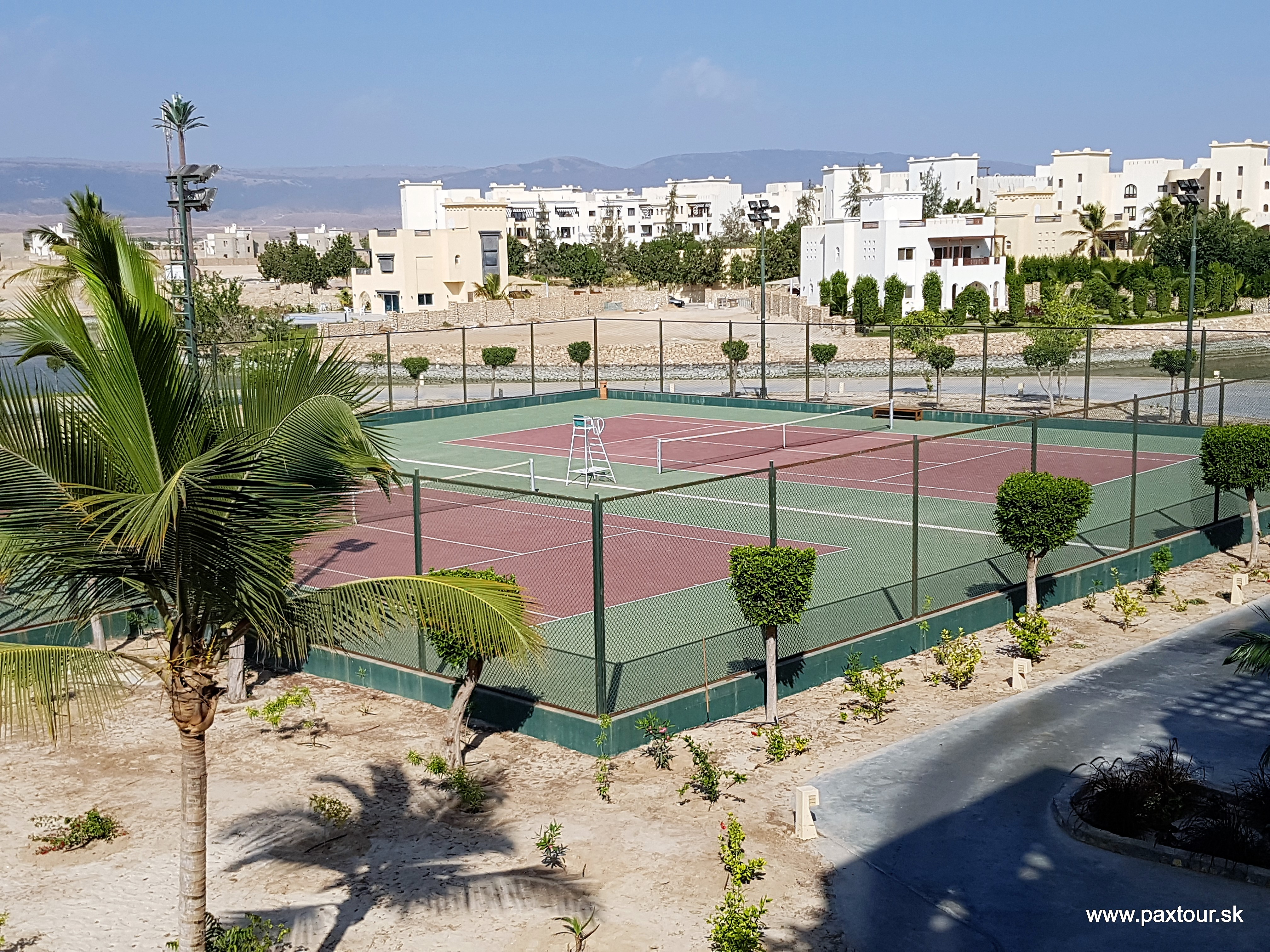 http://www.travelsys.sk/public/users/paxtour/images/fotogaleria_hotel/l_oman012.jpg