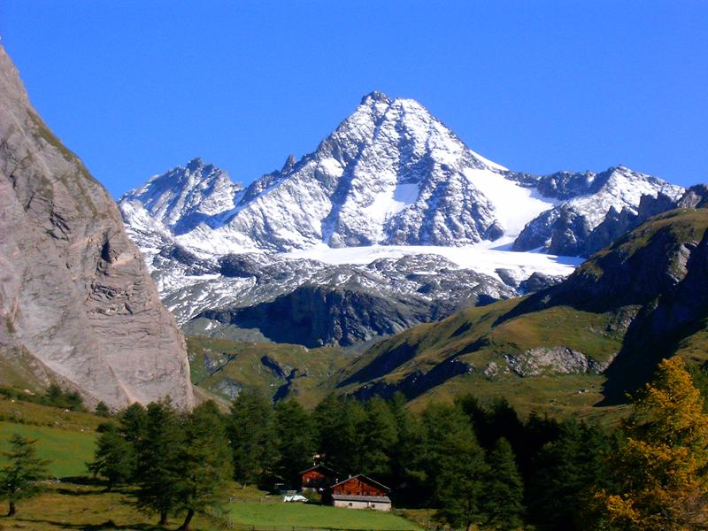 http://www.travelsys.sk/public/users/paxtour/images/fotogaleria_hotel/l_wellnes_pod_grossglocnerom_02.jpg