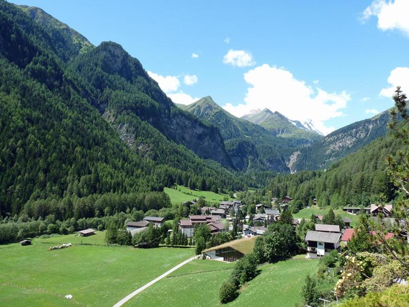 http://www.travelsys.sk/public/users/paxtour/images/fotogaleria_hotel/l_wellnes_pod_grossglocnerom_07.jpg